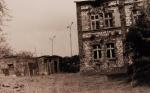 Kamienica w kolonii pod Klimontowem, wyburzona na początku lat dziewięćdziesiątych
